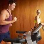 Alergatul pe bandă la tine acasă – avantaje și dezavantaje