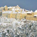 5 motive pentru care Rasnov este o destinatie de vacanta perfecta pentru iarna